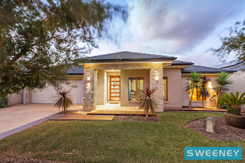 Picture of 48 Vaucluse Boulevard, Point Cook
