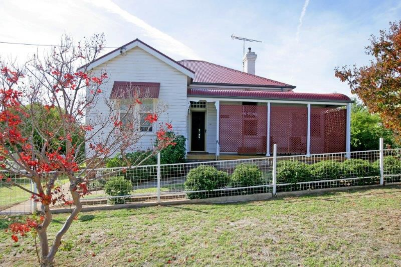 Photo of 42 Hill St JUNEE, NSW 2663
