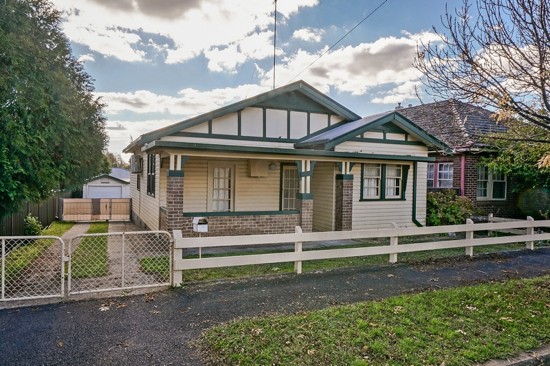 Picture of 21 Allenby Road, Orange