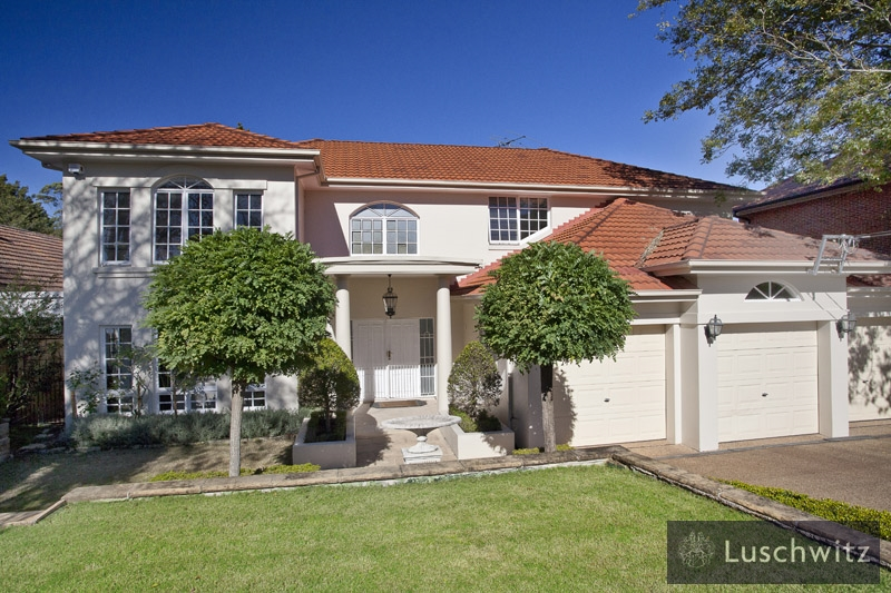 Picture of 4 Boolarong  Road, Pymble