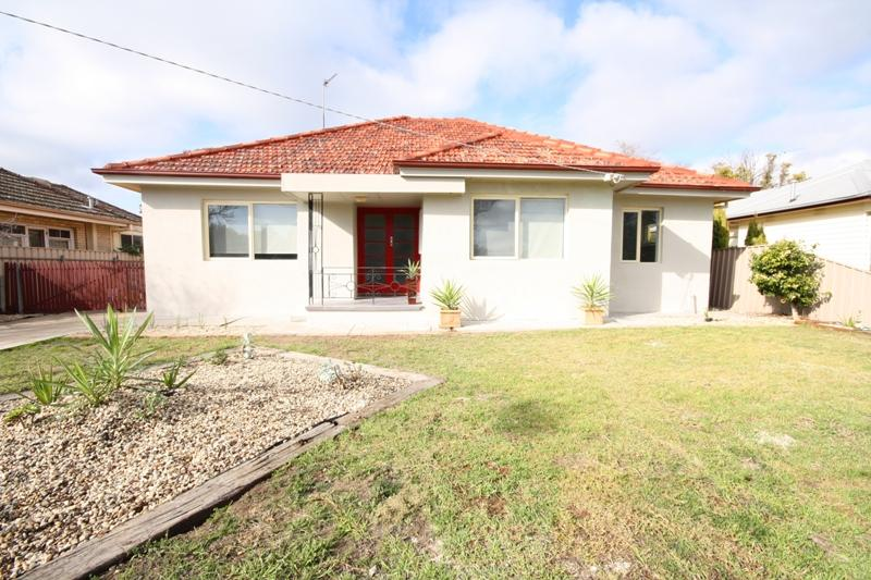 Photo of 32 Dooen Road HORSHAM, VIC 3400