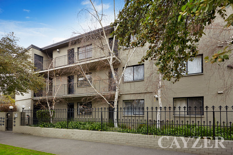 Picture of 9/143 Canterbury Road, Middle Park