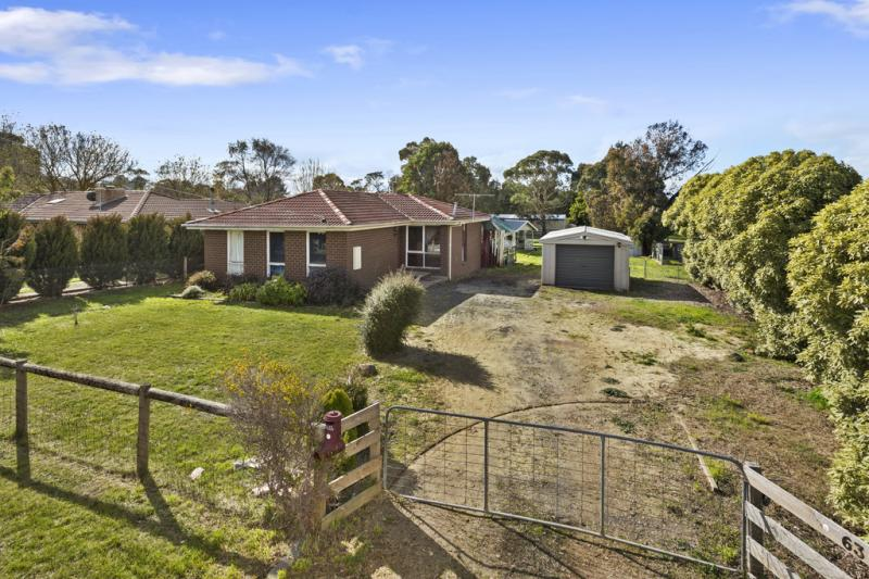Picture of 63 Metcalfe Drive, Romsey