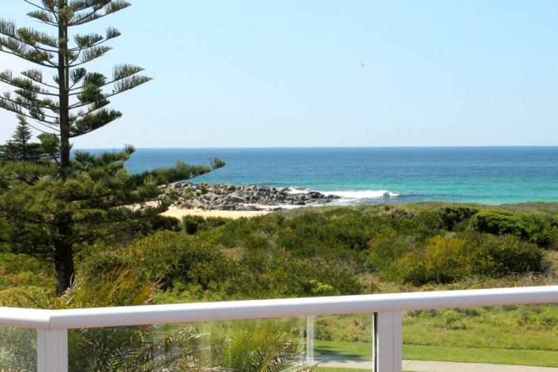 Photo of 85 Tuross Boulevard Tuross Head, NSW 2537