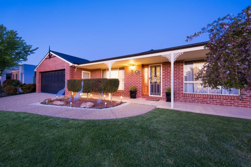 Picture of 10 Gumnut Court, East Albury