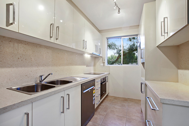 6 / 2-8 henson street marrickville NSW 2204
