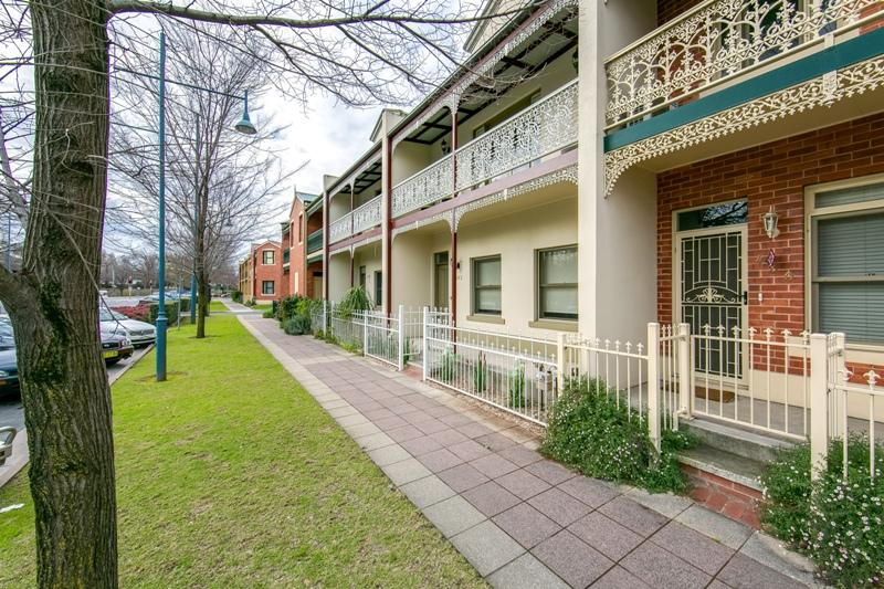 Picture of 482 Wodonga Place, Albury