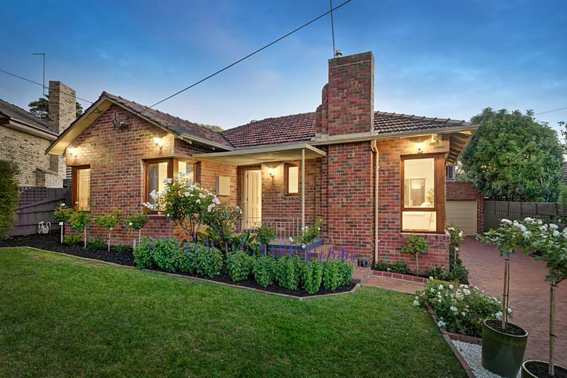 18 hillview road balwyn north VIC 3104
