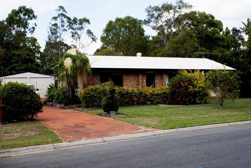 9 dunvegan drive morayfield QLD 4506