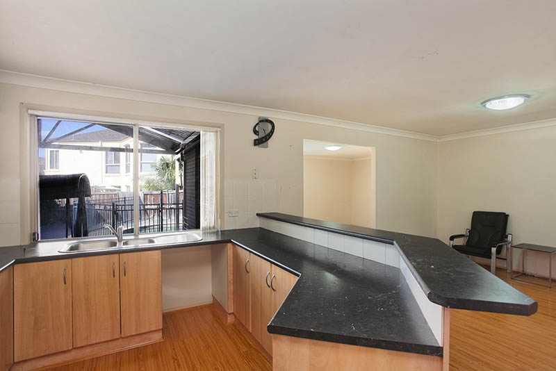 Photo of 5 Melinda Close BEAUMONT HILLS, NSW 2155