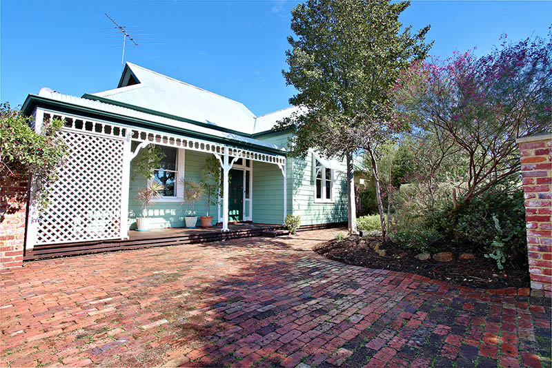 Picture of 85 Carnarvon Street, East Victoria Park