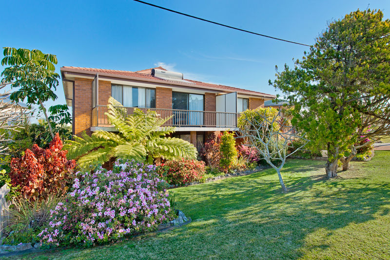 Photo of 10 Parry Street Lake Cathie, NSW 2445