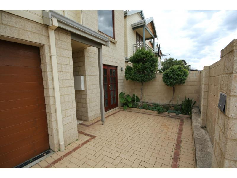 Picture of 3/17 Marlston Drive, Bunbury