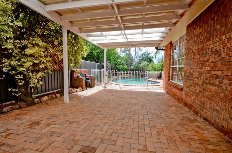 House | 13 Hicks Place, KINGS LANGLEY, NSW 2147 11