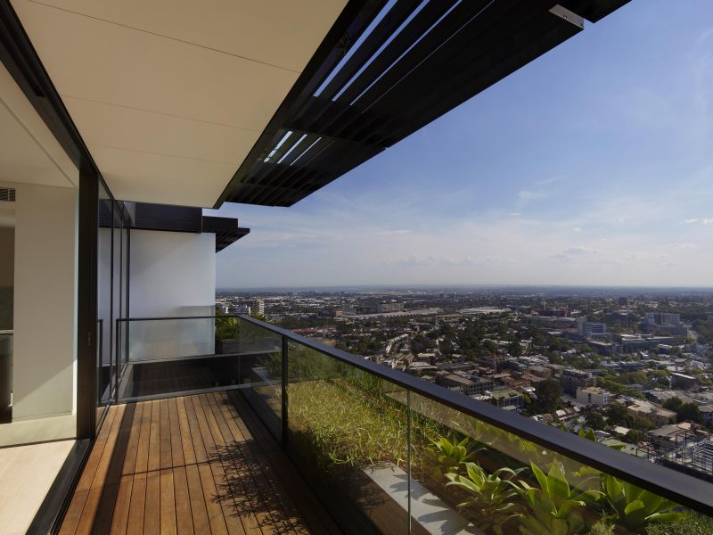 Main photo of E3212/1 Carlton Street, Chippendale - More Details