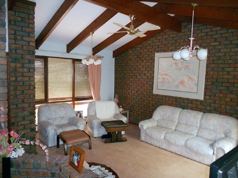 Photo of 19 Creecoona Terrace BORDERTOWN, SA 5268