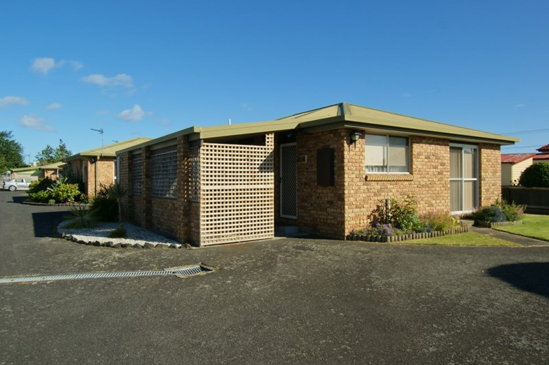 Photo of Unit 1/3 Eastland Drive ULVERSTONE, TAS 7315