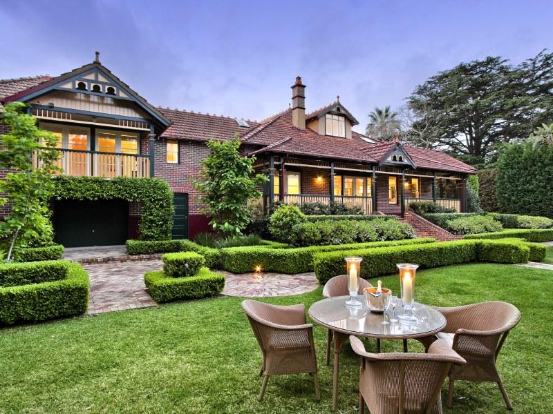 Aberdour, 23 Nelson  Street, Gordon NSW 2072, sold for $5,775,000 in 2010