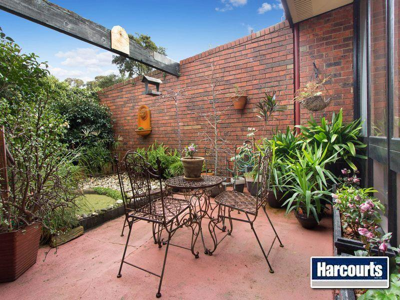 4/139 mt eliza way mount eliza VIC 3930