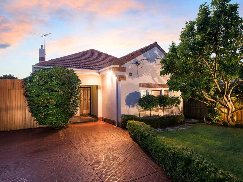 7 frederick street caulfield south VIC 3162