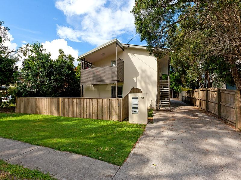 3/42 william pde fairfield QLD 4103