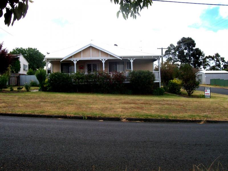 Picture of 19 Bucktin Street, Collie