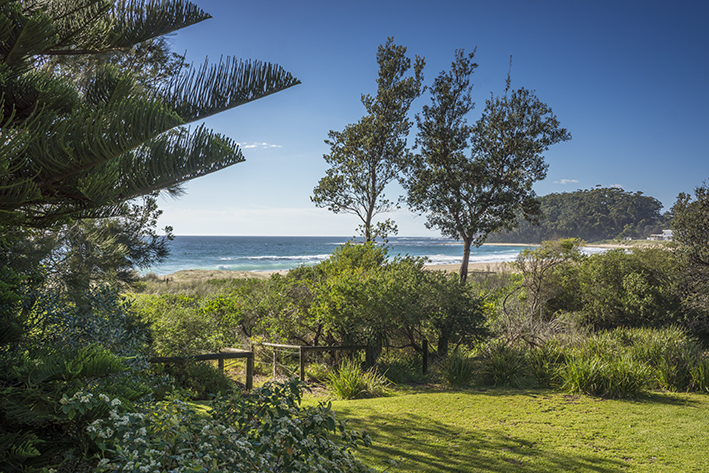 Photo of 6 Mitchell Parade MOLLYMOOK BEACH, NSW 2539