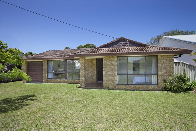 Photo of 46 Golden Hill Avenue Shoalhaven Heads, NSW 2535