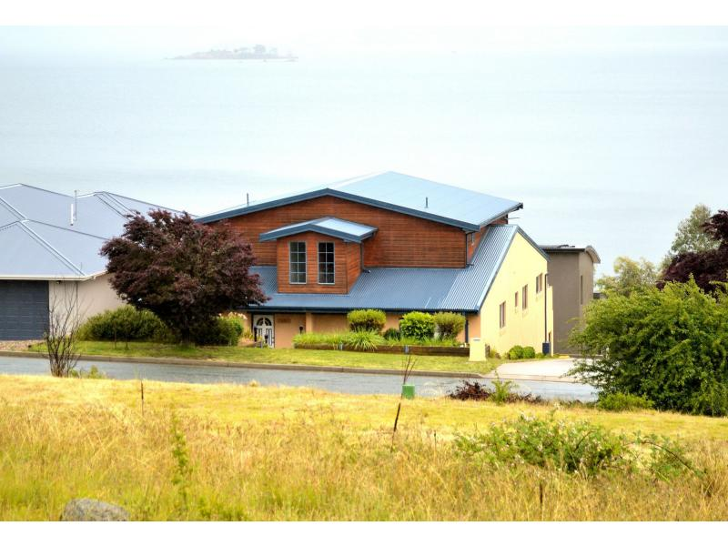 Photo of 15 Girvin Place, Tyrolean Village Jindabyne, NSW 2627