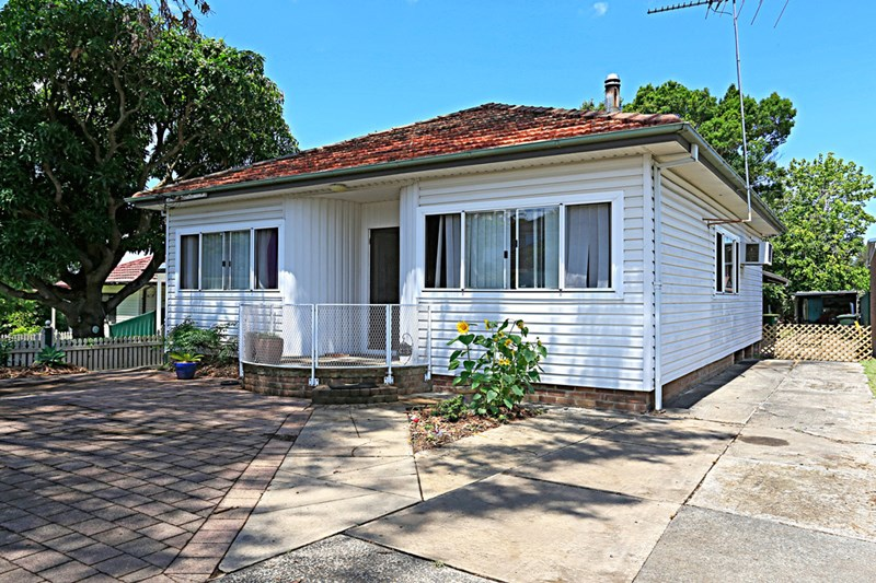 Photo of 196 Oyster Bay Road OYSTER BAY, NSW 2225