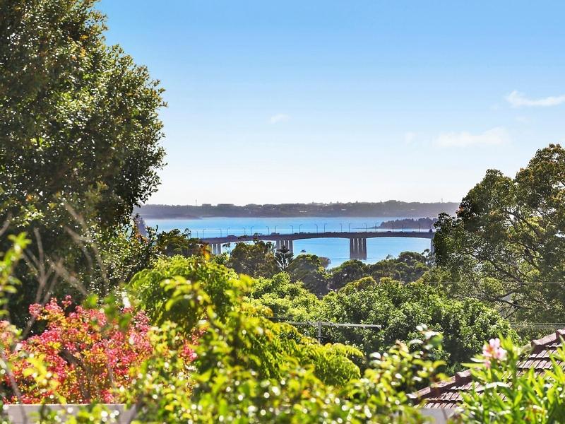 Photo of 32 Lisbon Street SYLVANIA, NSW 2224