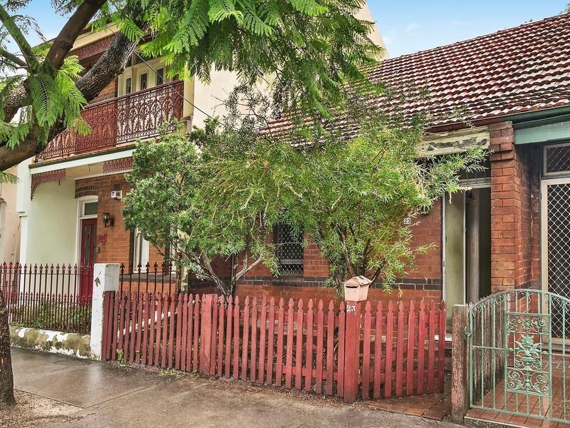 Photo of 23 Ashmore Street ERSKINEVILLE, NSW 2043