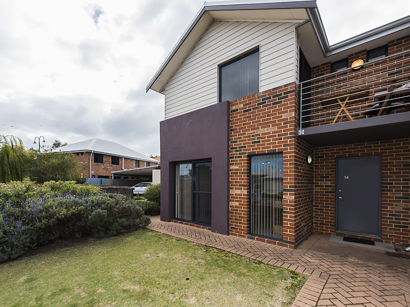 Picture of 14/1 Mariners Cove Drive, Dudley Park