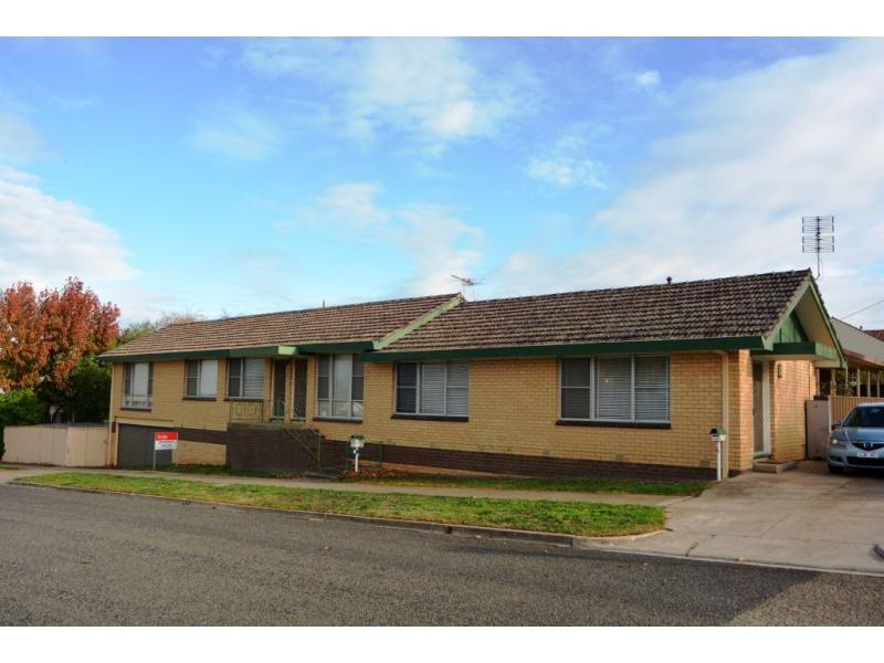 Photo of 6 Cnr Florence & St George Street Stawell, VIC 3380
