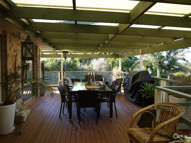 Photo of 16 Zamia Place Forster, NSW 2428