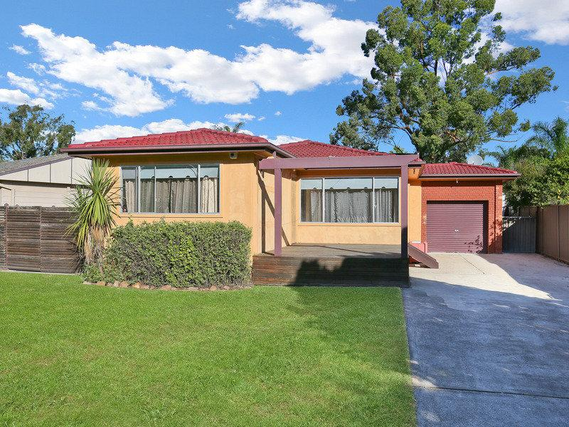 Photo of 44 St Clair Avenue ST CLAIR, NSW 2759