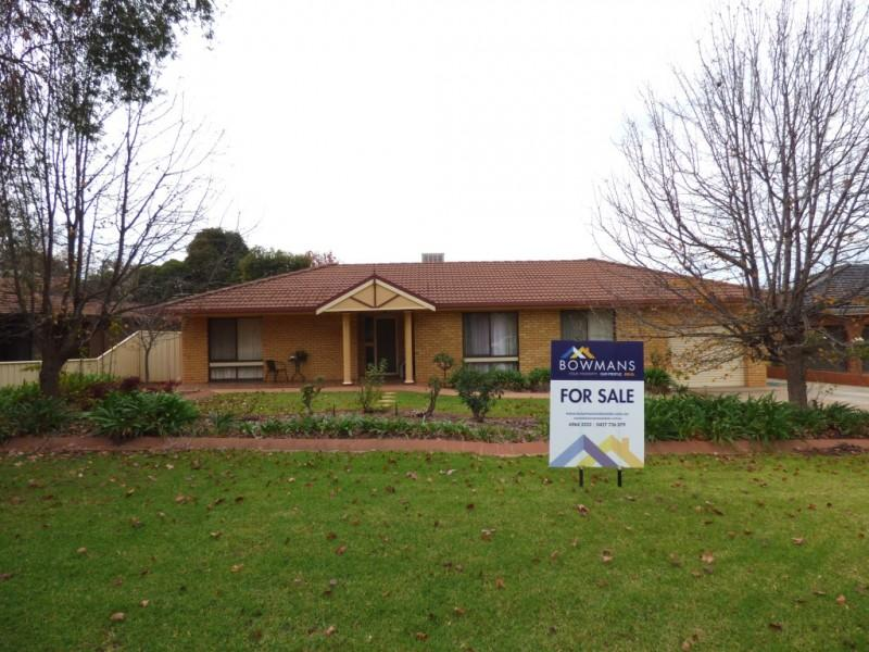 Picture of 53 Holmes Crescent, Griffith
