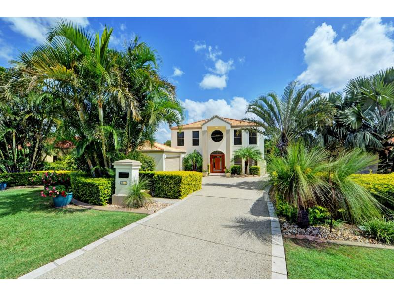 Picture of 3146 Riverleigh Drive, Hope Island