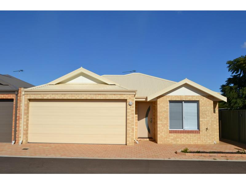Picture of 1/7 Cambrose Avenue, Australind
