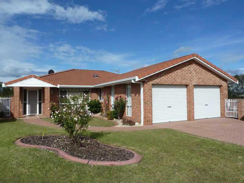 Photo of 17 Greenview Pl Forster, NSW 2428