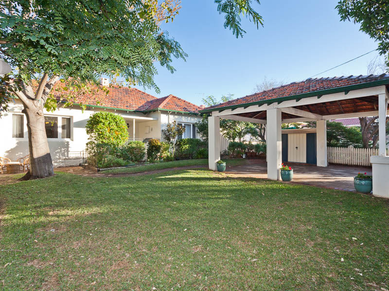 9 Evandale Street, Floreat WA 6014 - Sold House - 2012071584