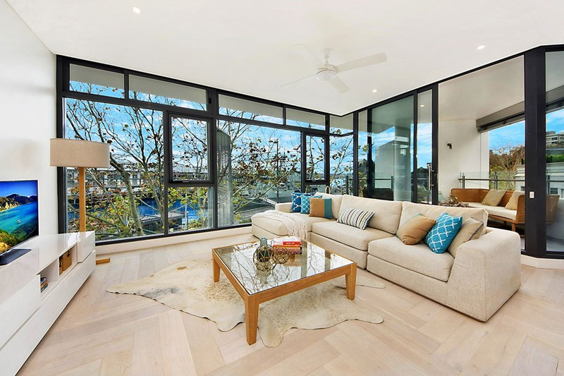 Main photo of 1.4/65 Cowper Wharf Road, Woolloomooloo - More Details