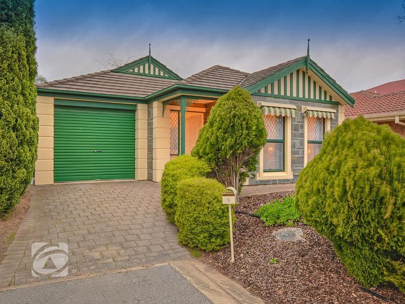 Picture of 9 Bourke Place, Golden Grove