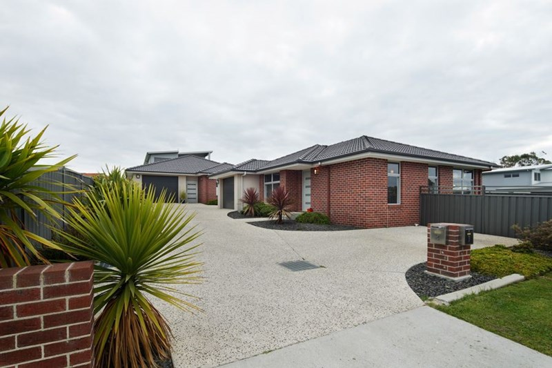 Picture of 2/1 Franklin Drive, Shearwater