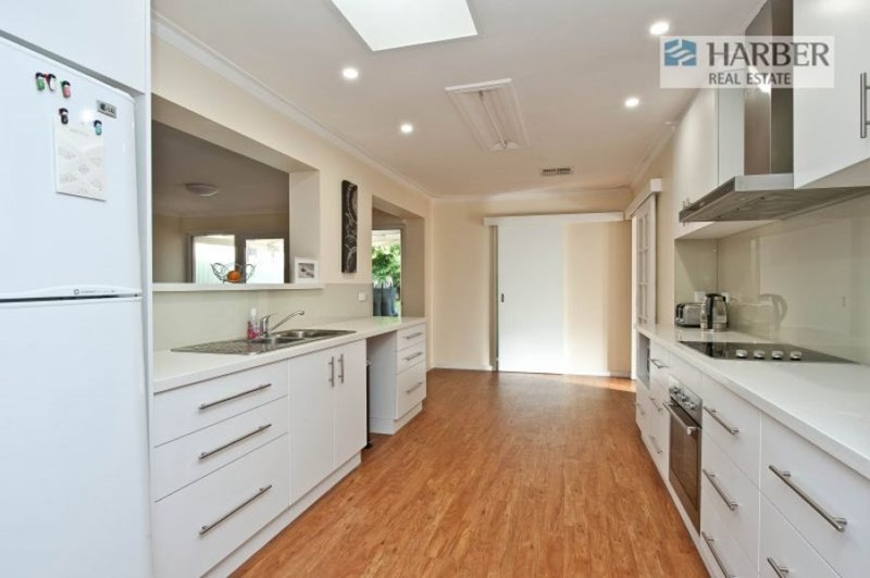 Picture of 14 Porteous Road, Sorrento