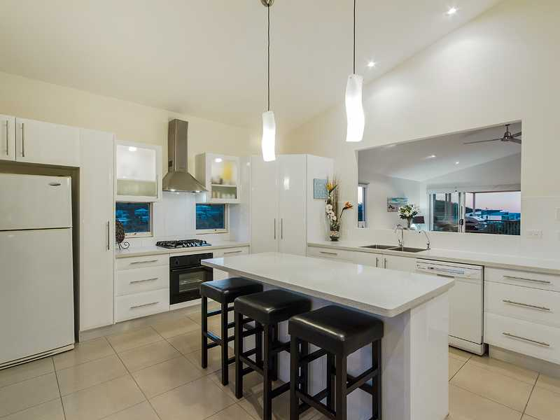 Picture of 7 Kambah Place, Reedy Creek