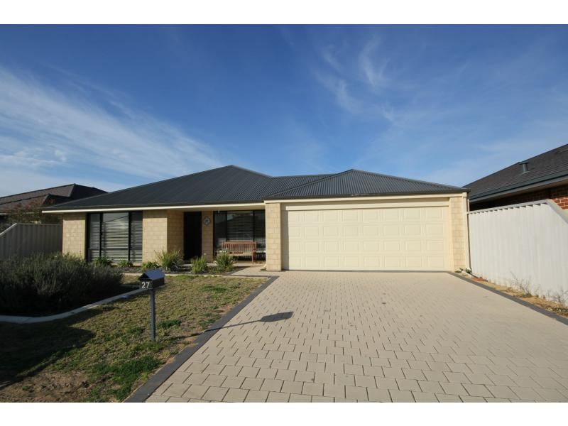 Picture of 27 Mooralup Turn, Dalyellup