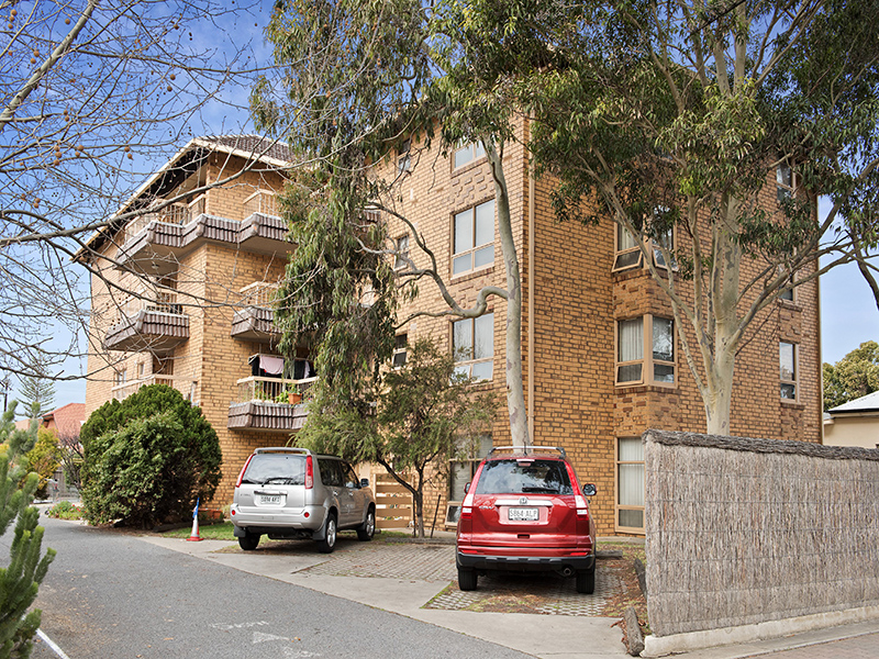 Main photo of 12/10-12 Gordon Street, Glenelg - More Details