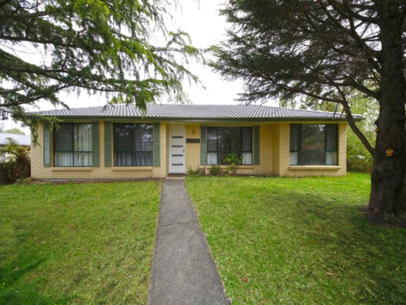 Photo of 1 East View Avenue Leura, NSW 2780