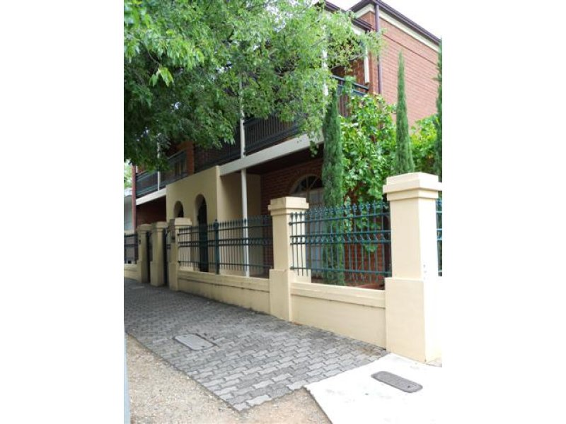 Picture of 137 Gover Street, North Adelaide
